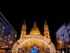 ungaria-budapesta-targul-de-craciun-budapesta-budapesta-piata-craciun_8dy9